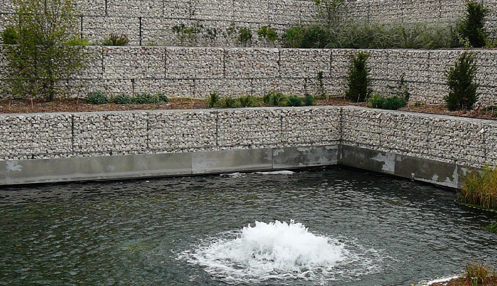 Aménagement en gabions à Courbevoie (92) - Mur et paysage gabions stonebox
