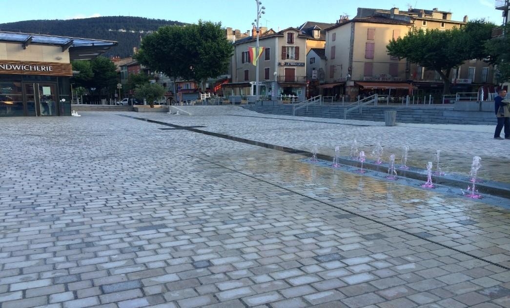 millau cobblestones capelle place 2015 SETP