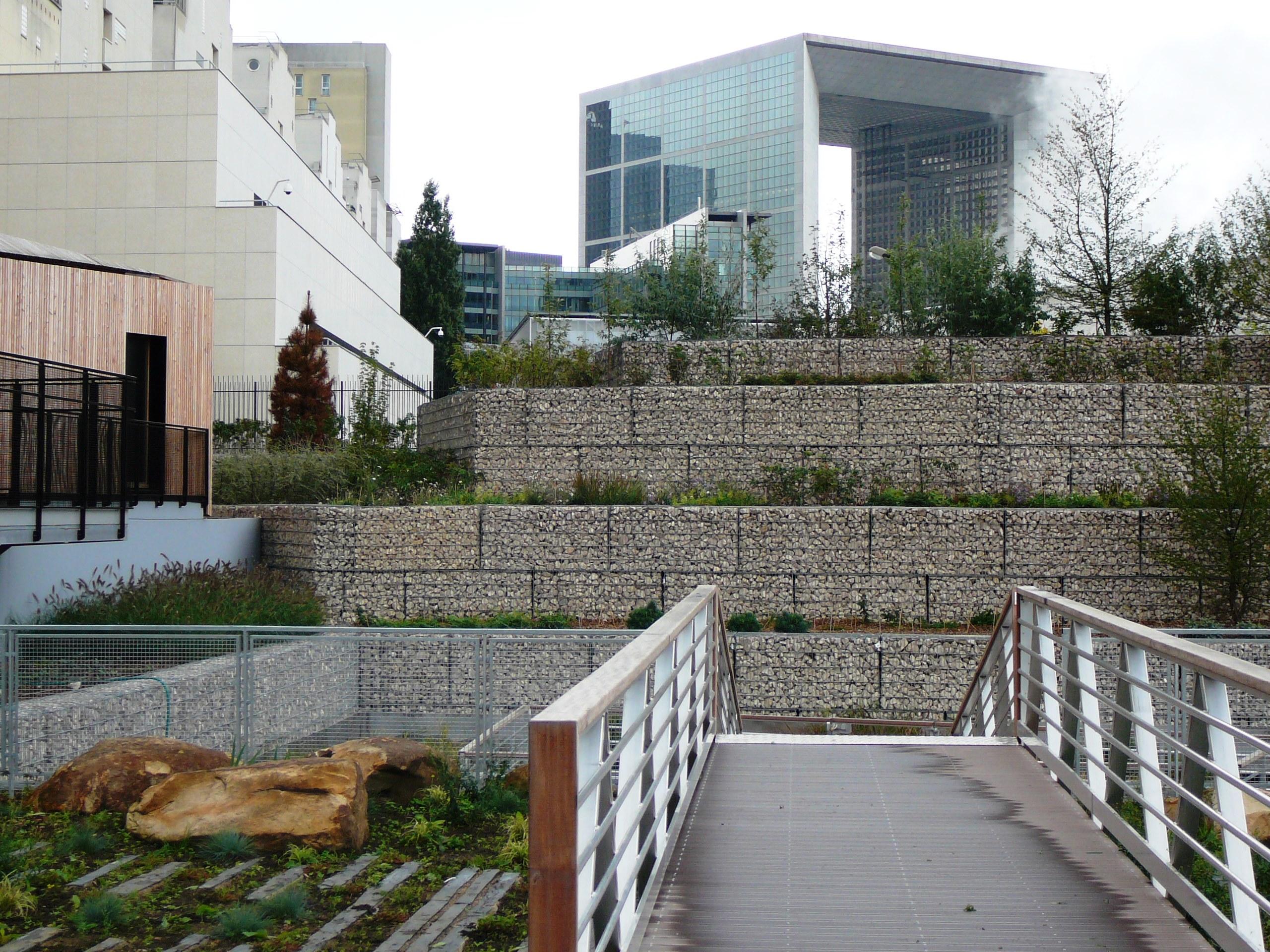 parc courbevoie gabion défense 92