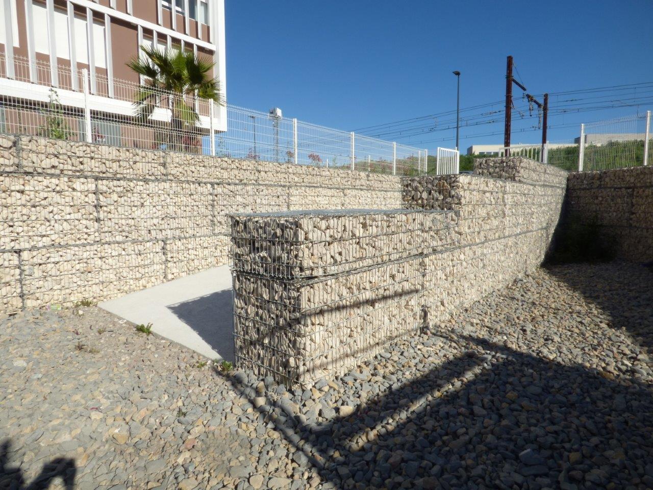 training center Baillargues SETP 2016 gabions slope