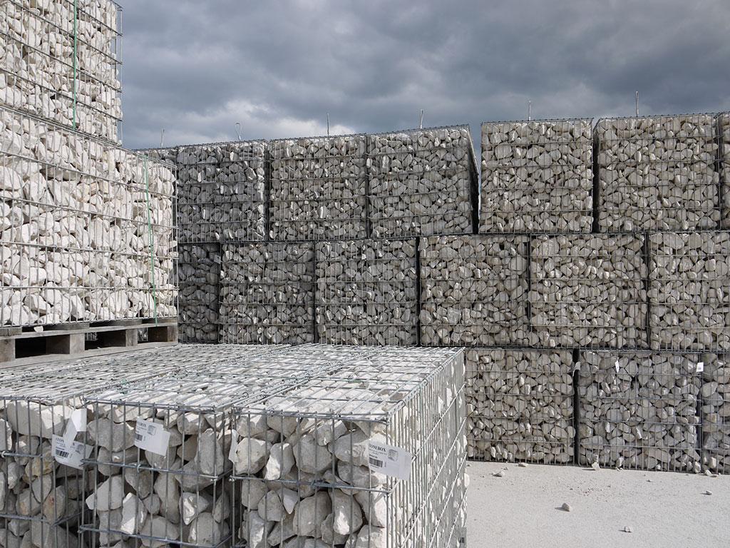 Stock gabions stonebox in Comblanchien